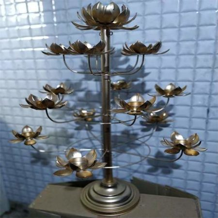 Designer Candle Holder- Flower Shape