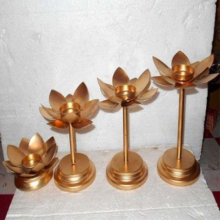Golden Standing Tealight Holder Set