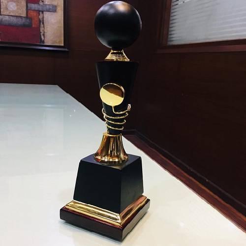 Black & Gold Trophy / Award - 8315