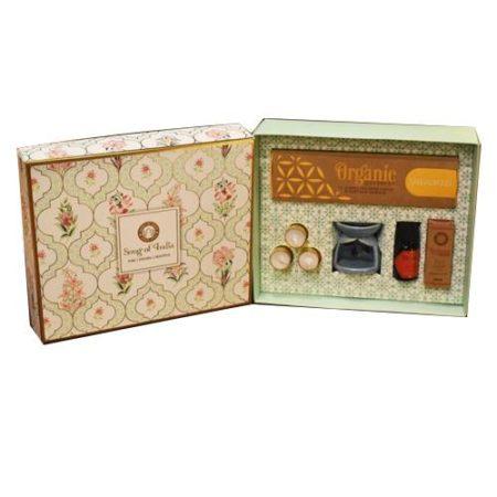 Pooja Organic Goodness Aroma Gift Box